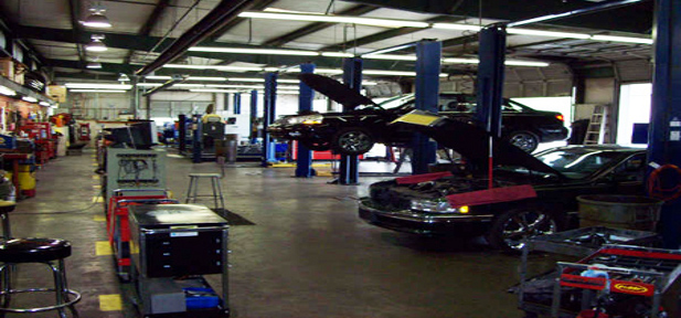 Car garage mechanic the image kid has it for Garage reparation auto